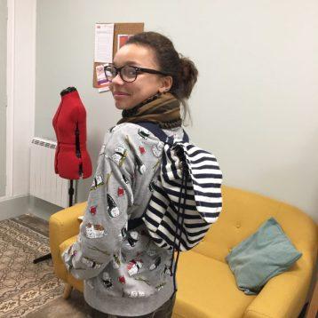 sac à dos réalisé par audrey en cours de couture ado aux ateliers créatifs de villers-cotterets