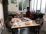 Stage parure de bijoux enfant encadré par Blandine Salisz au sein de l'association les ateliers créatifs de villers-cotterets