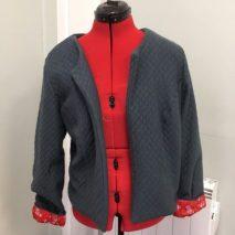 veste réalisée en cours de couture adulte aux ateliers créatifs de villers-cotterets. cours encadré par emilie bechepois