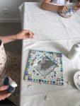 Stage mosaïque enfant, encadré par Catherine Abit aux ateliers créatifs de villers-cotterets
