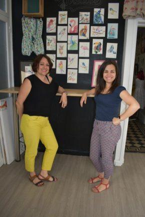 Emile et coraline professeurs de couture et de dessin aux ateliers créatifs de villers-cotterêts