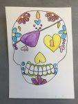 calaveras réalisée pour halloween en cours de dessin enfant aux ateliers créatifs de villers-cotterets