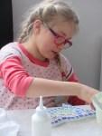 stage mosaïque enfant encadré par Catherine Abbit aux Ateliers Créatifs à Villers-Cotterêts
