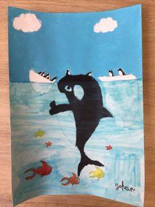 dessin de baleine, orque et cachalot en cours de dessin enfant, atelier encadré par Coraline Van Butsele aux ateliers créatifs de villers-cotterets