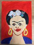 Portrait de Frida Kahlo réalisé en cours de dessin enfant, ancadré par Coraline Van Butsele aux ateliers créatifs de villers-cotterêts