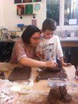 stage poterie parent enfant encadré par Laurence Badens aux ateliers créatifs de Villers-Cotterêts