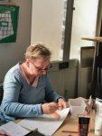 stage portrait dessin adulte encadré par Coraline Van Butsele aux ateliers créatifs de villers-cotterets